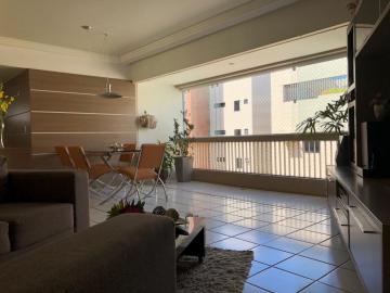 Apartamentos / Padrão em Maceió , Comprar por R$330.000,00