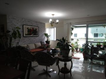 Apartamentos / Padrão em Maceió