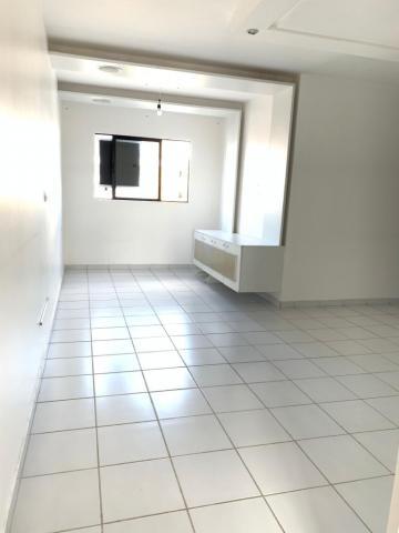 Apartamentos / Padrão em Maceió , Comprar por R$240.000,00