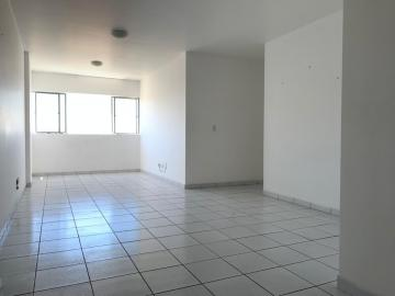 Alugar Apartamentos / Padrão em Maceió. apenas R$ 1.320,00