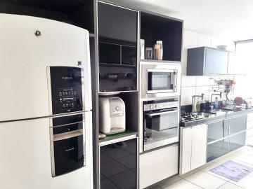 Comprar Apartamentos / Padrão em Maceió R$ 880.000,00 - Foto 4