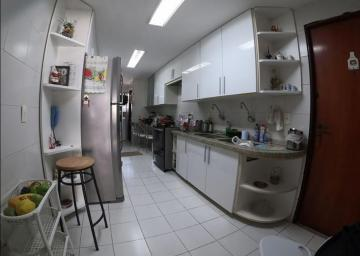 Comprar Apartamentos / Padrão em Maceió R$ 750.000,00 - Foto 7