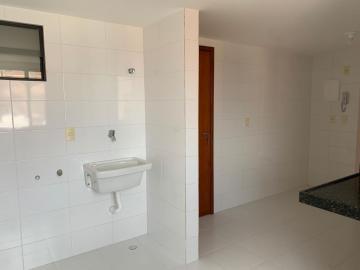 Comprar Apartamentos / Padrão em Maceió R$ 700.000,00 - Foto 5