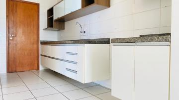 Alugar Apartamentos / Padrão em Maceió R$ 3.000,00 - Foto 15